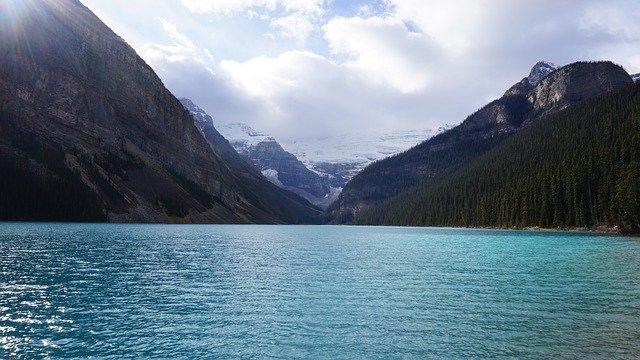 lake louise au canada